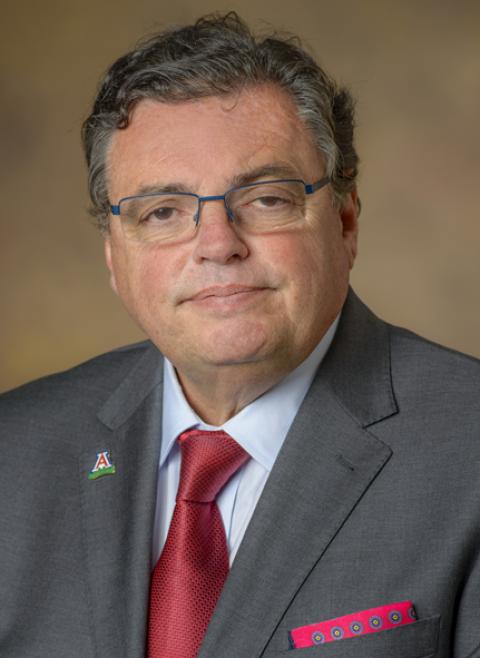 COM-T Dean Michael Abecassis